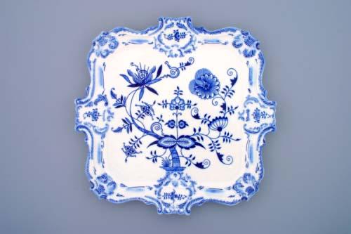 Cibulák podnos reliéfny 35 x 35 cm cibulový porcelán, originálny cibulák Dubí 1. akosť