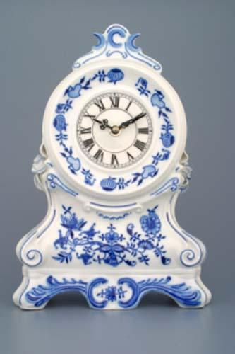 AKCIA-25% Cibulak krbové hodiny s ružami a strojčekom 28 x 18 x 9 cm cibulový porcelán, originálny porcelán Dubí,1. akosť