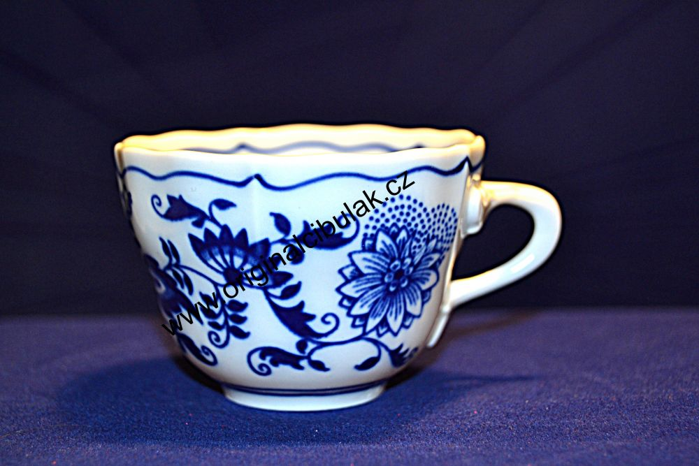 Cibulák šálka vysoká A 0,08 l cibulový porcelán, originálny cibulák Dubí 1. akosť