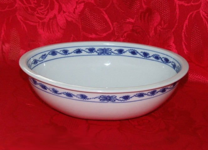 Cibulák misa zapekacia, oválna, stredná 21,5 x 18,5 cm cibulový porcelán, originálny cibulák Dubí