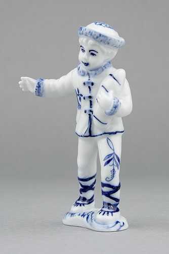 Cibulák figúrka chlapec 10,8 cm cibulový porcelán, originálny cibulák Dubí, 1. akosť