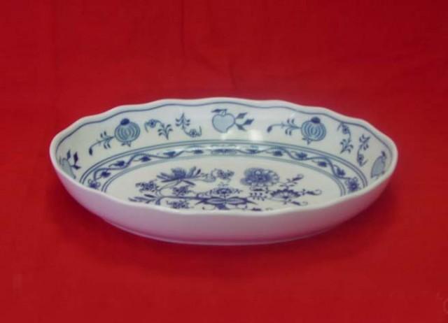 Cibulák misa šalátová oválna 27,8 x 20,3 cm cibulový porcelán, originálny cibulák Dubí 1. akosť