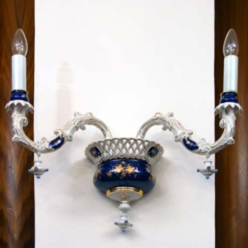 Cibulák lampa nástenná, dvojramenná 1590 g cibulový porcelán, originálny cibulák Dubí 1. akosť