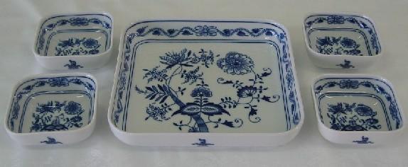 Cibulák súprava piatich misiek štvorcových 20,5 cm cibulový porcelán, originálny cibulák Dubí 1. akosť