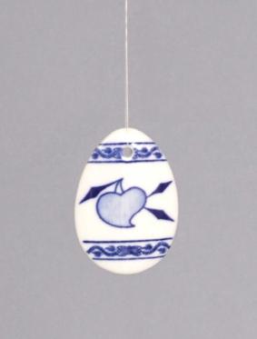 Cibulák veľkonočná ozdoba vajíčko, záves 5,5 x 4 x 0,7 cm cibulový porcelán, originálny porcelán Dubí, 1. akosť