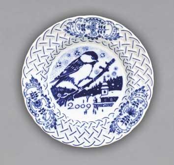 Cibulák tanier závesný reliéfny / výročný 2009 18 cm cibulový porcelán, originálny cibulák Dubí 1. akosť