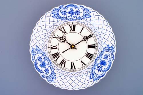 Cibulák hodiny reliéfne so strojčekom 24 cm cibulový porcelán, originálny cibulák Dubí, 1. akosť