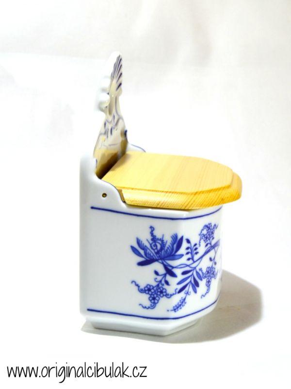 Cibulák soľnička závesná, s dreveným viečkom a nápisom Sůl 0,70 l cibulový porcelán, originálny cibulák Dubí 1. akosť