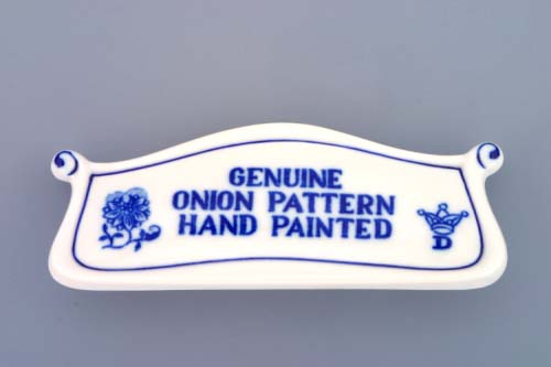 Cibulák reklamný štítok s nápisom 6 x 14 cm cibulový porcelán, originálny cibulák Dubí 1. akosť