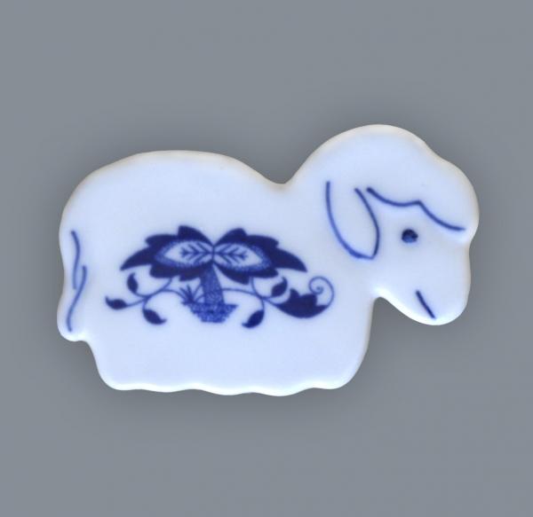 Cibulák ovečka - magnetka 6 x 4 cm cibulový porcelán, originálny cibulák Dubí 1. akosť